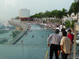 Het mooiste 39 infinity pool 39 ter wereld is in singapore - Naar beneden meubels huis ter wereld ...