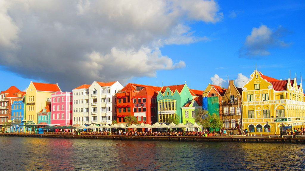 Goedkoop-KLM-ticket-Curacao-Willemstad-6