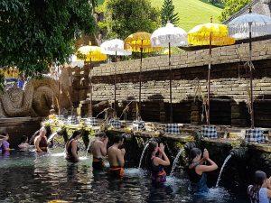 Mini reisgids en reistips Bali Indonesie Holi Spring water tempel