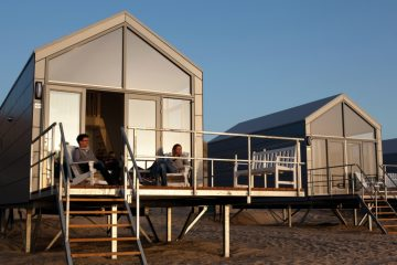 Slapen op het strand in een strandhuisje Landal Julianadorp aan zee Ooghduyne 5