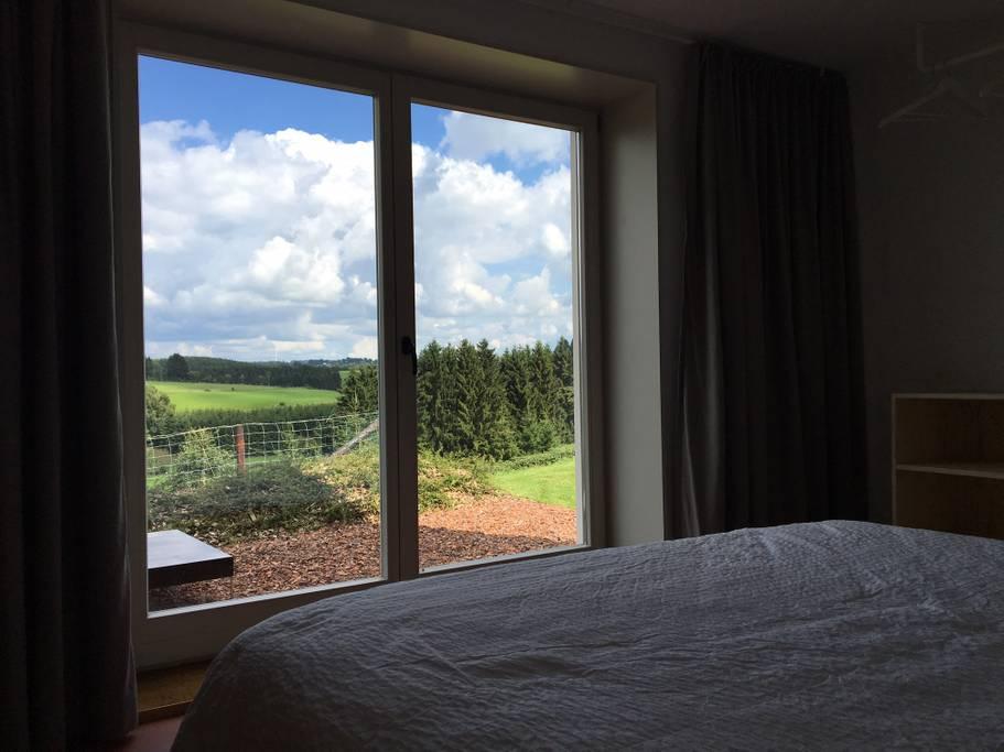 Overnachten huisje met houtkachel en uitzicht Ardennen16