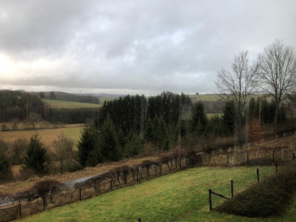 Overnachten huisje met houtkachel en uitzicht Ardennen32