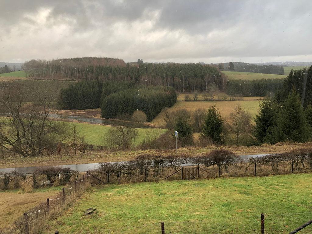Overnachten huisje met houtkachel en uitzicht Ardennen33