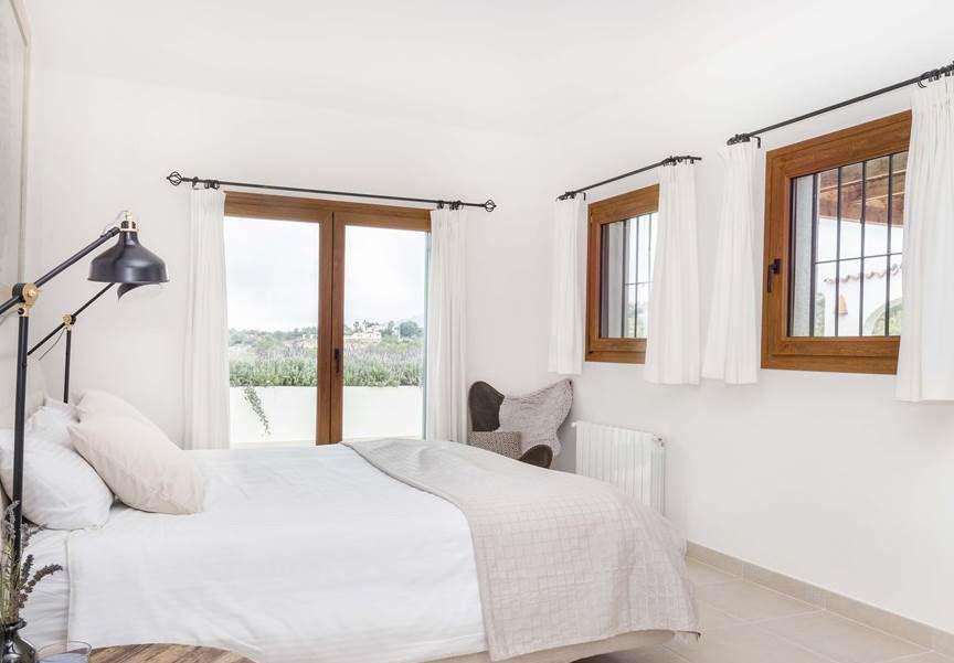 Ontspannen in een luxe yoga en wellness villa van Puur&Kuur in Spanje13