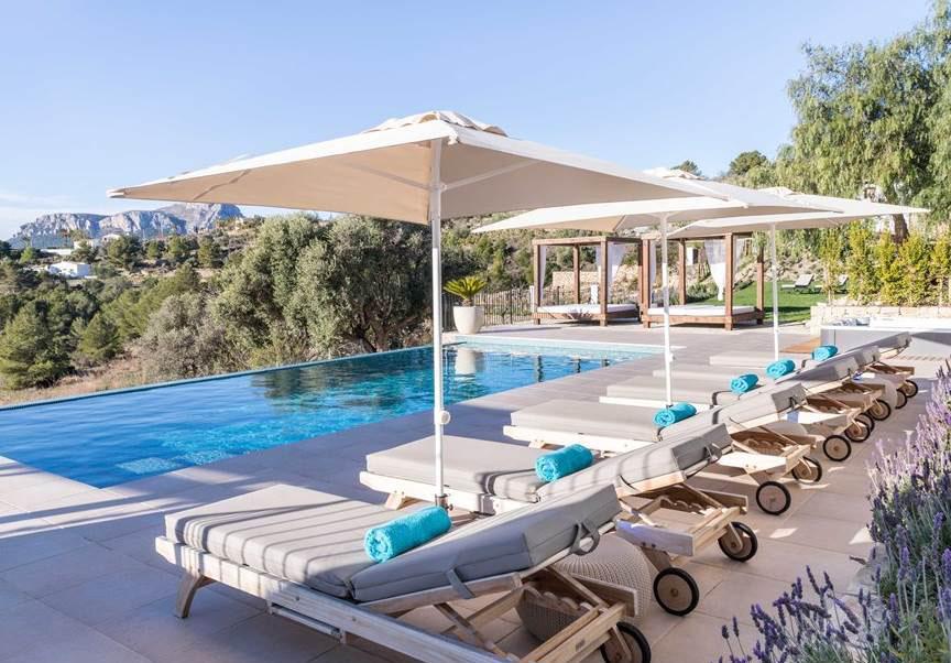 Ontspannen in een luxe yoga en wellness villa van Puur&Kuur in Spanje2