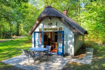 Origineel overnachten in een Hans en Grietje huisje 1