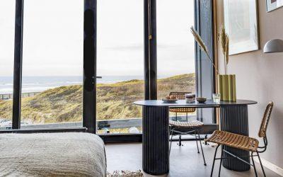 Strandhotel Zoomers Castricum met uitzicht op strand en zee 12